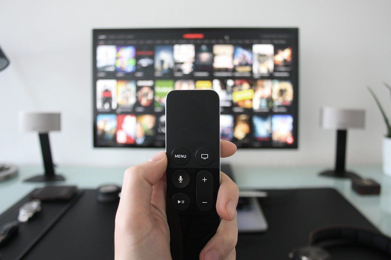 5 Best Smart Remote Controls