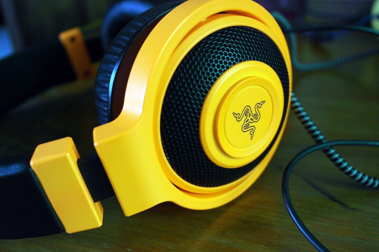 5 Best PC Gaming Headsets [wired and wireless] of 2021