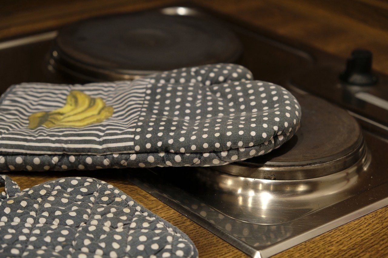 5 Best Oven Mitts for Perfect Cooking Experience