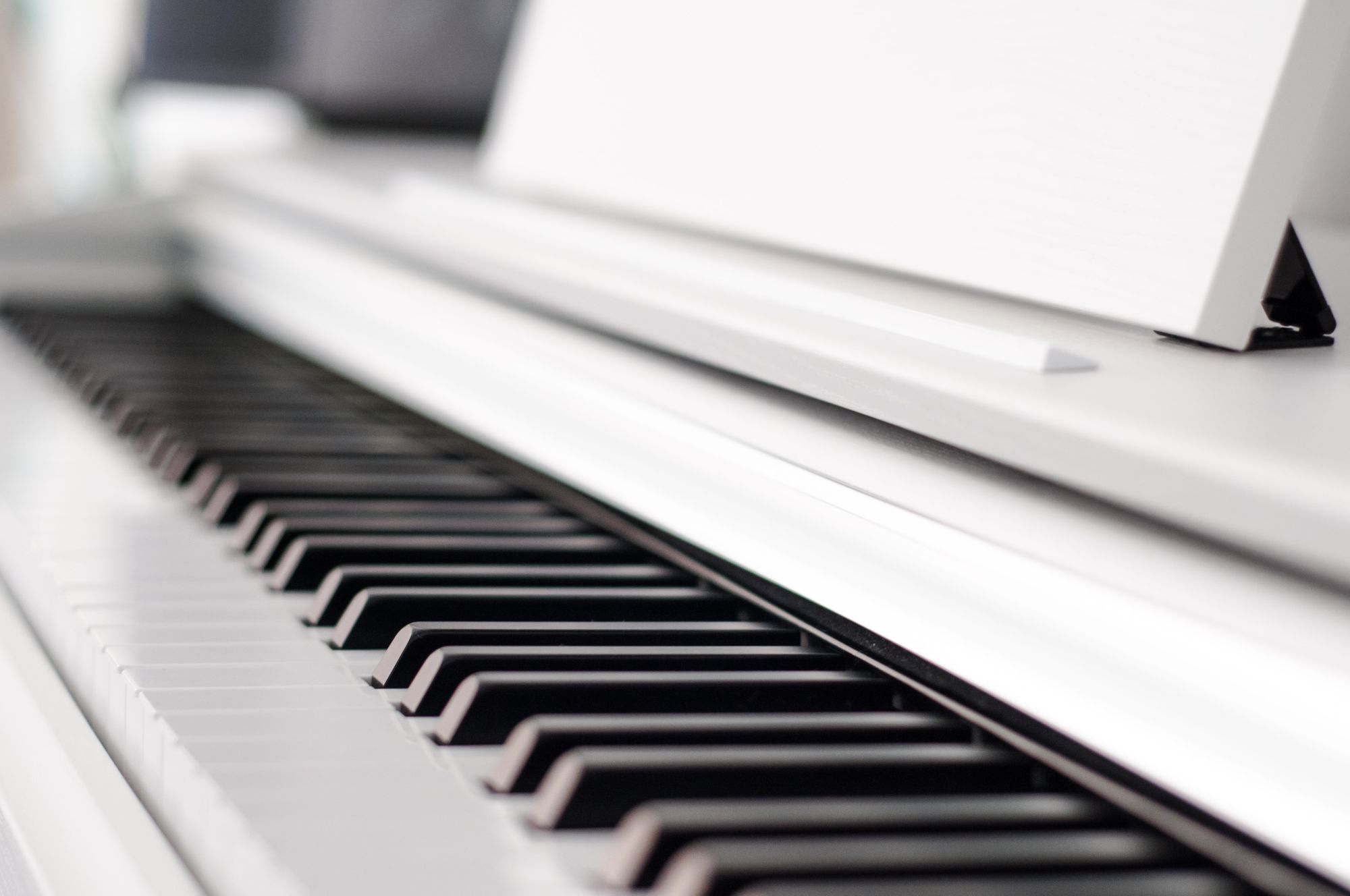 5 Best Electric Pianos for Beginners